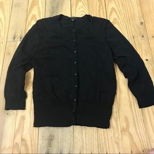 A Ann Taylor solid black 3/4 sleeve cardigan